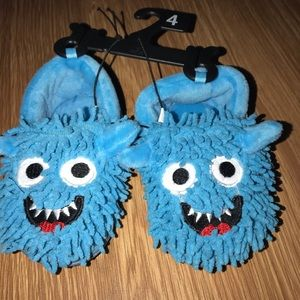 Other - Monster slipper shoes size small /medium